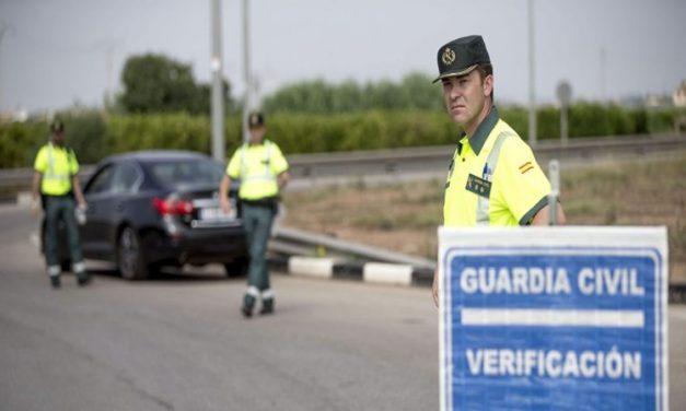 Conducir sin carnet es un delito